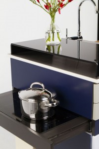 super-compact-gali-module-kitchen-with-everything-at-hand-4-554x831